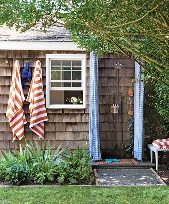 outdoor-shower-new-england